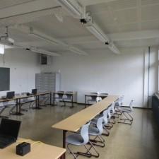 German high school transmits lessons via the lights